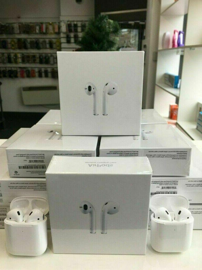 Apple Airpods w/Charging